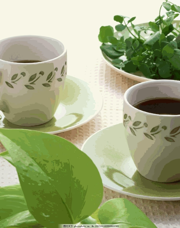 茶杯泼水的手绘图