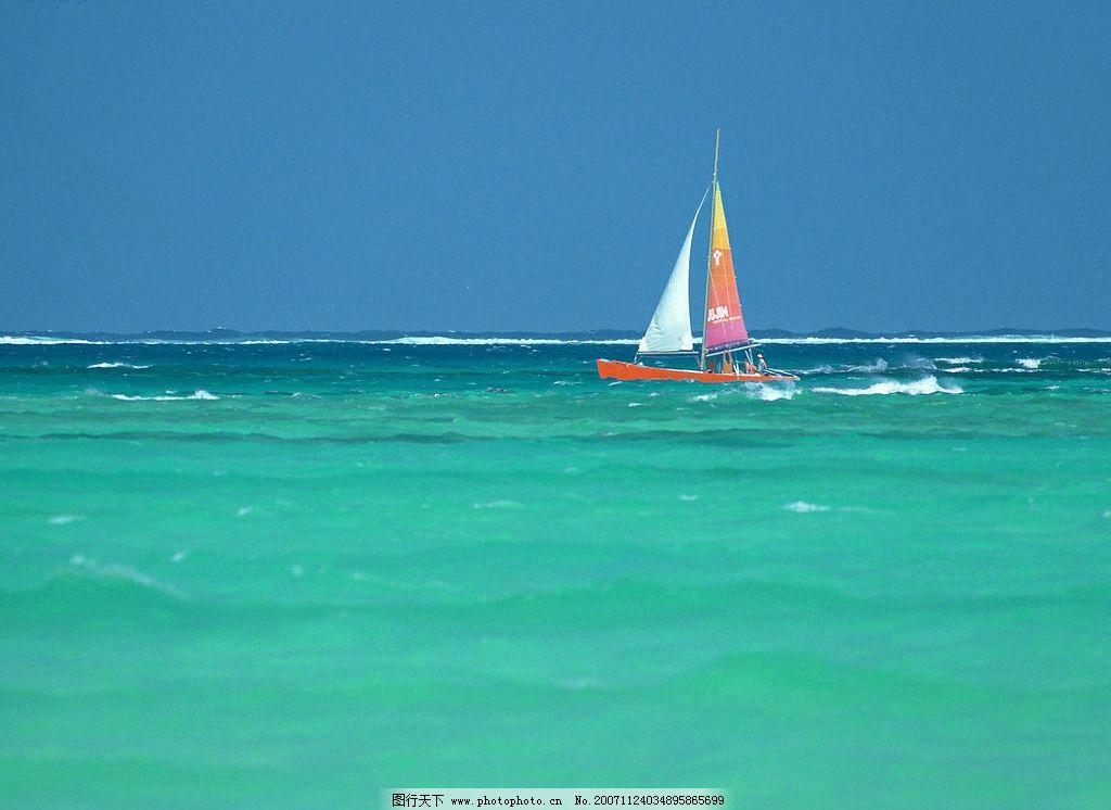 海边3 大海 帆船 蓝天 自然景观 自然风景 海边风景 摄影图库