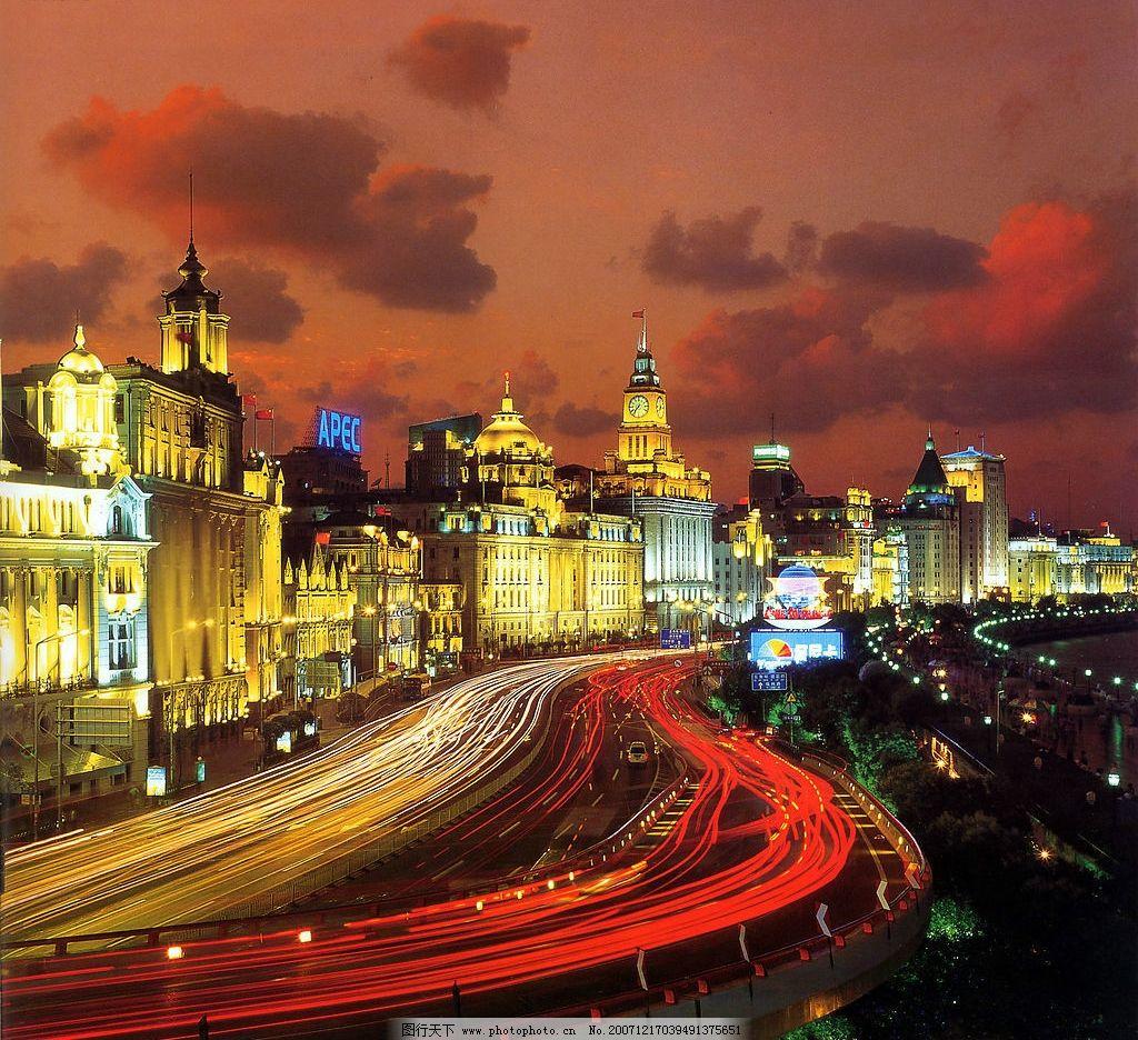 上海外滩华灯璀璨夜景