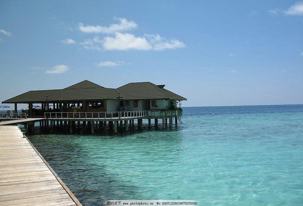 马尔代夫3 马尔代夫 清澈 水上屋 栈道 自然景观 自然风景 摄影图库