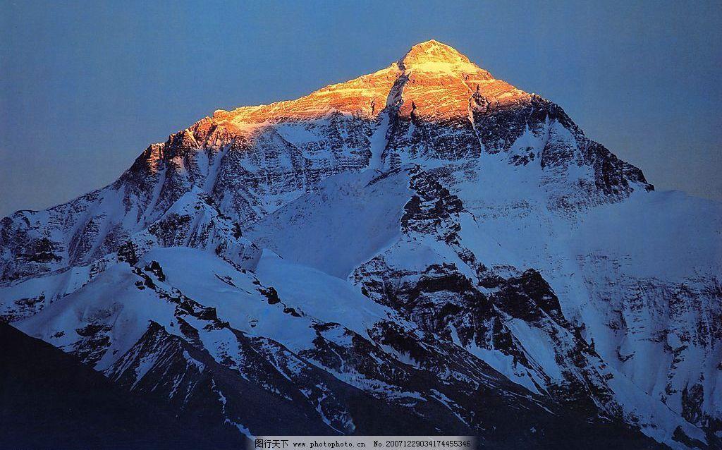 晨毅中的珠穆朗玛峰 旅游摄影 自然风景 摄影图库 300 jpg